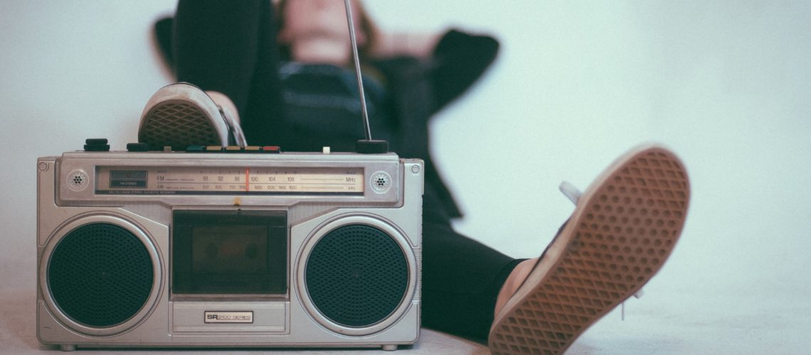 Time Travel to the 90's – 20 Songs For Your Mix Tape