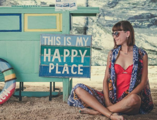 Spirit, Smiles and Self-Worth: Free Your Mind and Feel Happy On The Inside