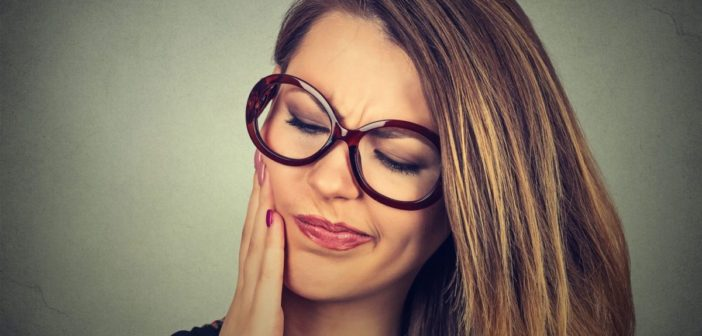Experiencing Jaw Pain? Check These Potential Causes