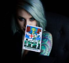 4 Things That Cracked Open My Mind While Reading Tarot Cards