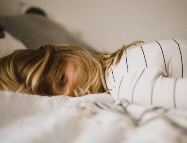 5 Steps of Grief After Being Ghosted